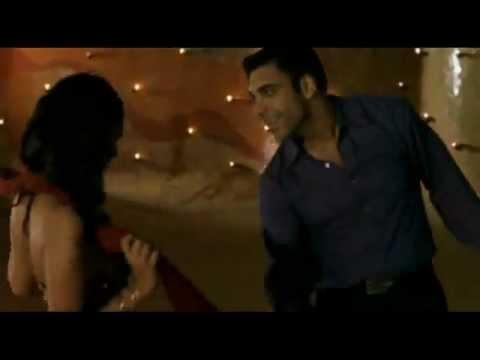 Ram kapoor's dance in Monsoon Wedding
