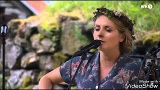 The Most Beautiful Pagan Viking Song by Eivor Trodlabundin  (9 min version)