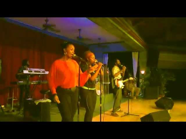 Djani In Concert