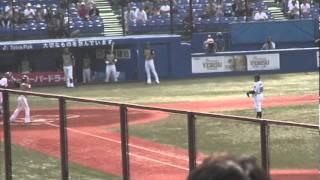 2011年6月4日におこなわれた、ヤクルトvs日本ハムの始球式の模様です。