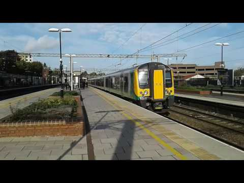 Trains at: Watford Junction, WCML, 17/10/16