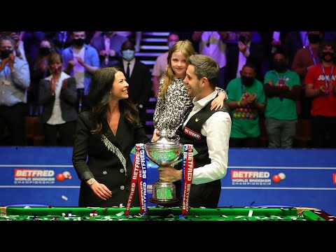 Mark Selby Lifts the 2021 World Championship Trophy | FULL CELEBRATIONS & POST MATCH