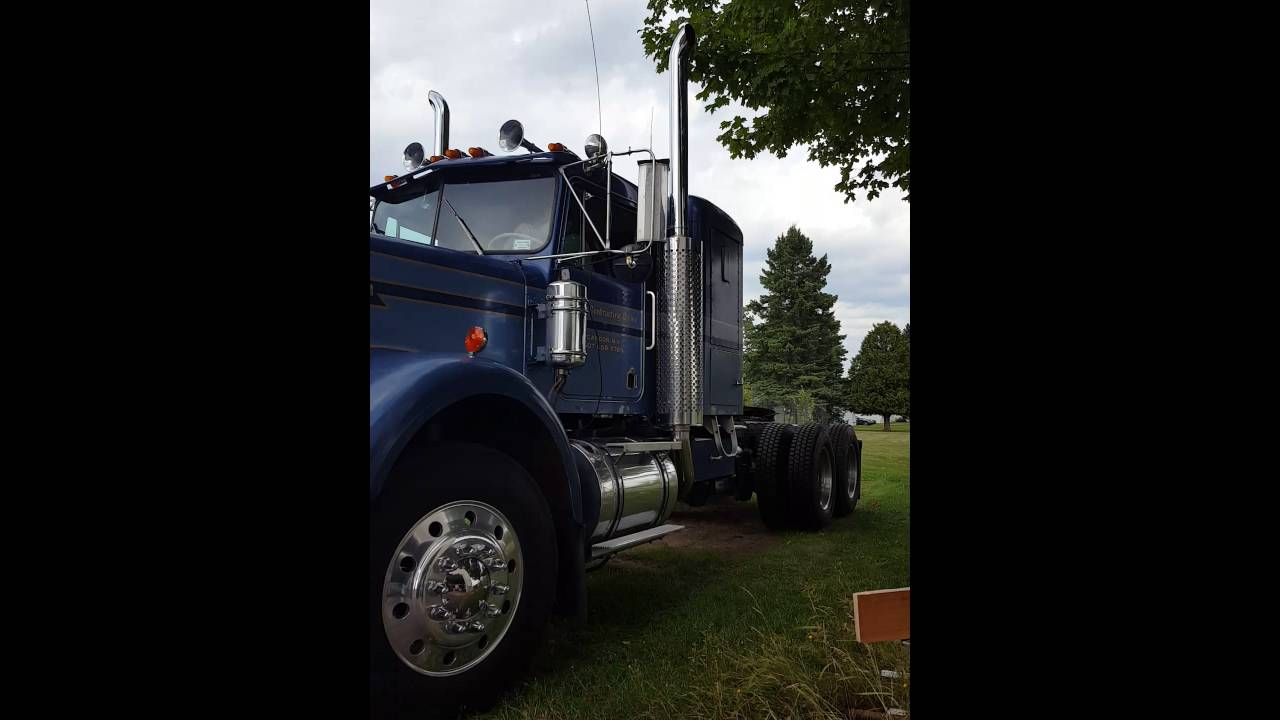 1973 Kenworth W900A start and roll