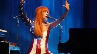 Tori Amos Improv, Pimiping America Radio City MH 2003