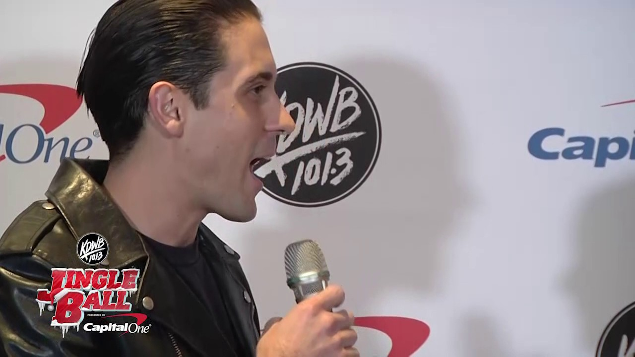 G-Eazy opens his Christmas stocking from Raven backstage at ...