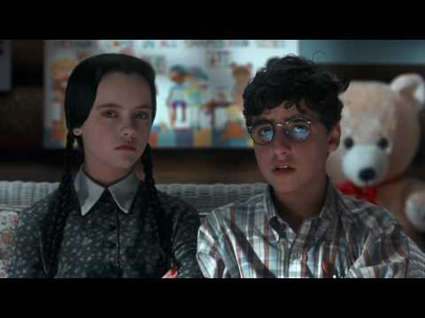 Addams Family Values (1993) - Normal