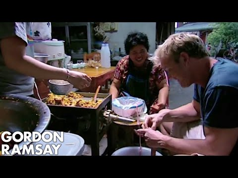 Gordon Ramsay Learns How To Make A Thai Sausage | Gordon's Great Escape
