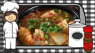 Корейский пряный суп с говяжьими ребрами