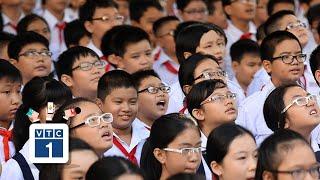 Báo động tỷ lệ học sinh cận thị đến lớp