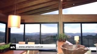 O Projeto Em Estilo Contemporâneo No Alto Da Montanha Da Arquiteta Laura Rocha.