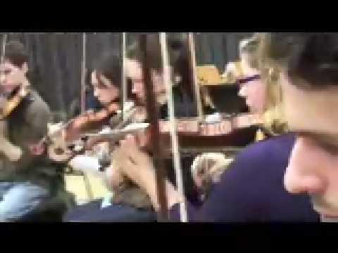 Algunos músicos de Madrid y Barcelona para la Orquesta Sinfónica de YouTube