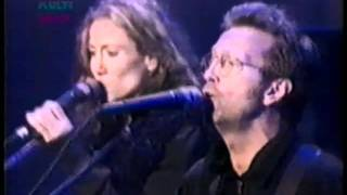 "Eric Clapton & Sheryl Crow - ""Tearing Us Apart"" (69th Regiment Armory, NYC - 1996-9-12)"