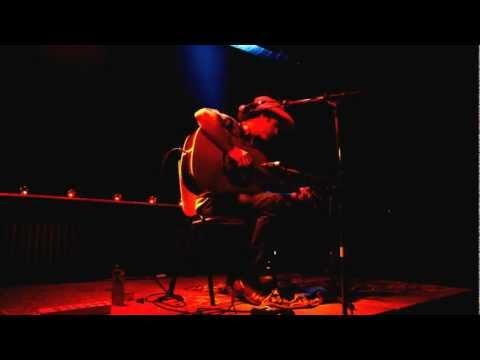 Simon Joyner - Only living boy in Omaha - Live@DB's - 20.10.12