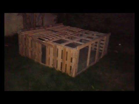 Enclos a lapin avec palette grillage a poule youtube for Abreuvoir lapin fait maison