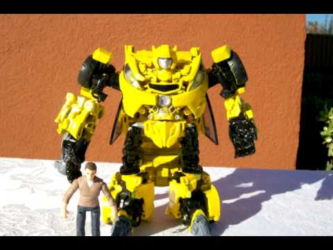 Maxresdefault besides Maxresdefault further Dropkick X Muscle Car Decepticon Bumblebee K K additionally D B further Soundwave And The Cassettes By Rekmac. on transformers 4 bumblebee