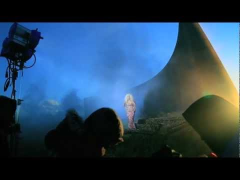 "Nicki MInaj - ""Freedom"" [Behind The Scenes]"