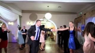 """""""Ona tańczy dla mnie"""" - Weekend - Teledysk weselny"""