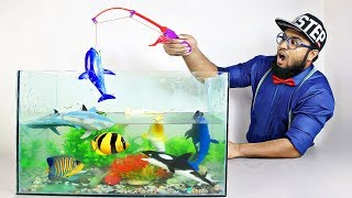 Learn Fish Name & Colors with Pewpi ! Fishing Time with Toy Fish for Kids and Children