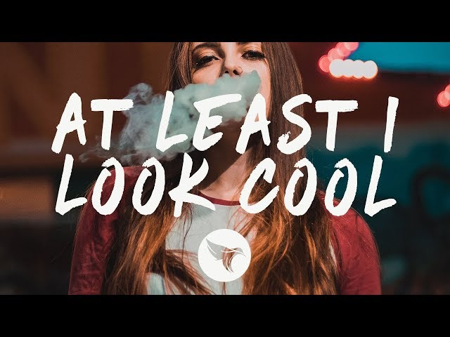 Sasha Sloan - at least I look cool (Lyrics)