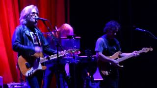 """""""Did It in a Minute"""" Daryl Hall & John Oates@Giant Center Hershey, PA 5/4/15"""