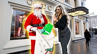 Download Santa Buys Random Strangers ANYTHING They Want! **unexpected** Mp3 and Videos
