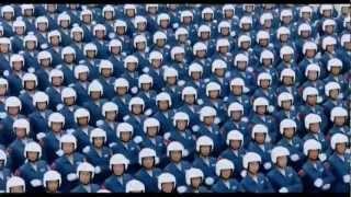 Download В путь / Unterweg - German version / армейский строевой марш Mp3 and Videos