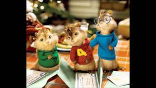 Alvin and the Chipmunks singing Moves Like Jagger