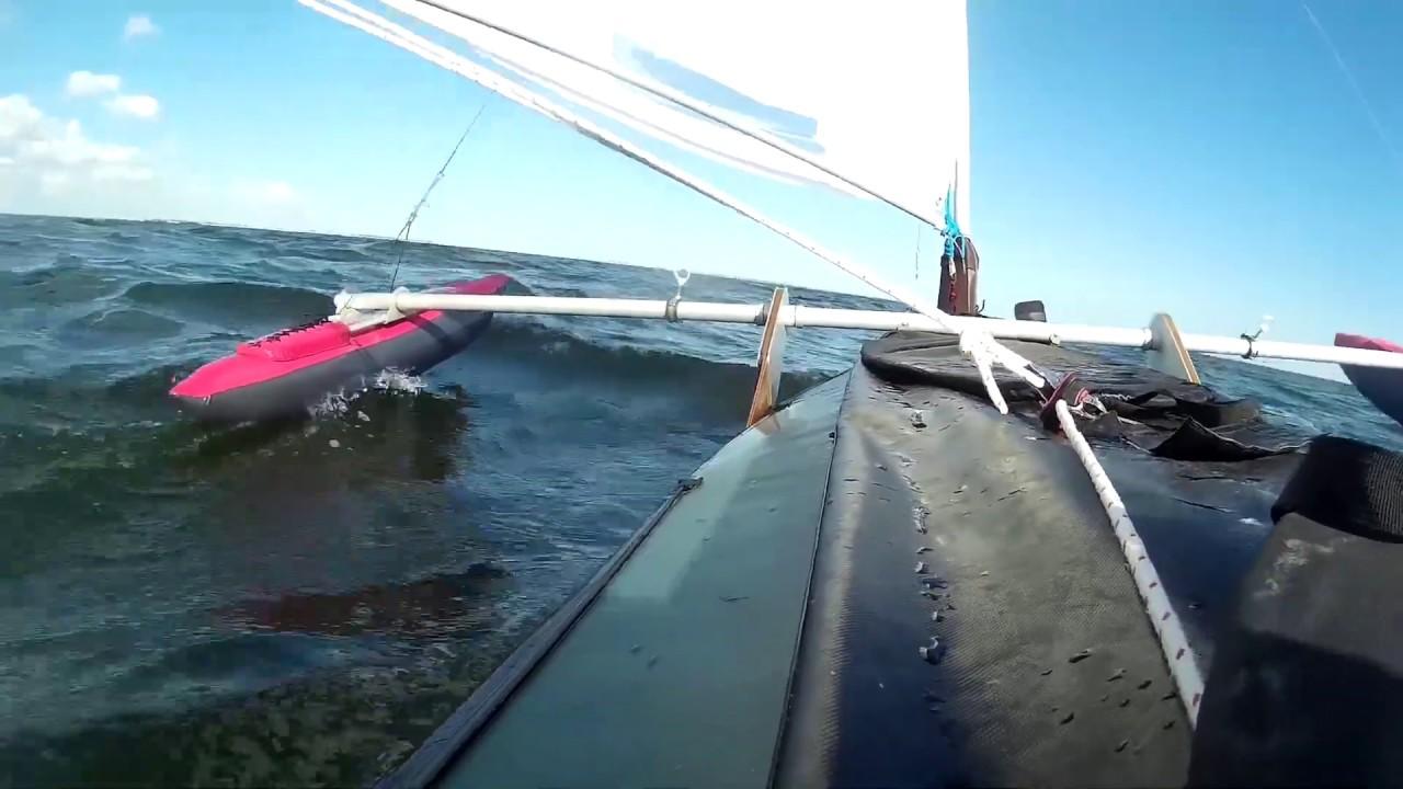 На байдарке под парусом по морю / folding kayak sails