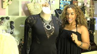 What Color Jewelry Goes With a Black Dress & Red Shoes? : Rockin