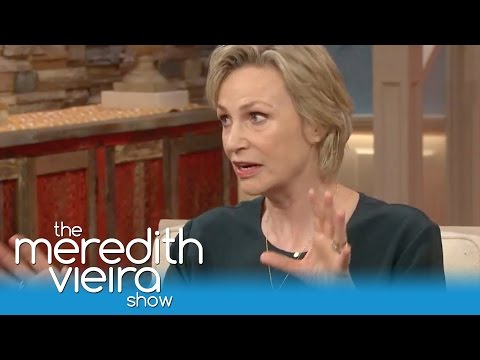 Jane Lynch Improvised In The 40 Year Old Virgin!  The Meredith Vieira Show