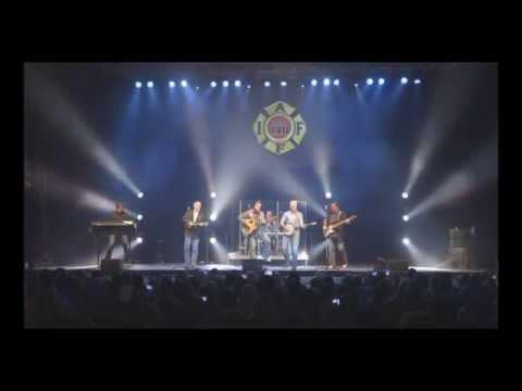 Diamond Rio LIVE - Newgrass Medley (Walk This Way, Carry On Wayward Son, Born To Be Wild)