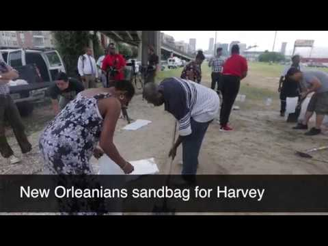 Hurricane Harvey sandbagging in New Orleans