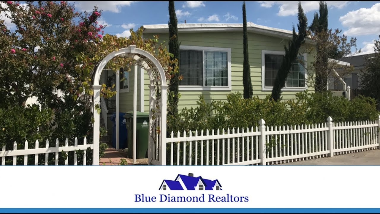 New Listing by Blue Diamond Realtors! 2 Bed + 2 Bath Home in ... on