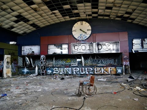 Hurricane Closed This Once Pristine ABANDONED MOVIE THEATER