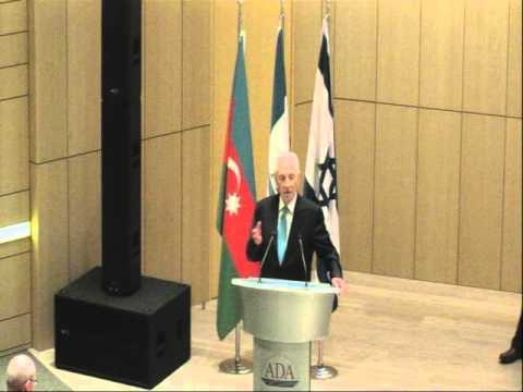 Shimon Peres speaks at ADA University in Baku