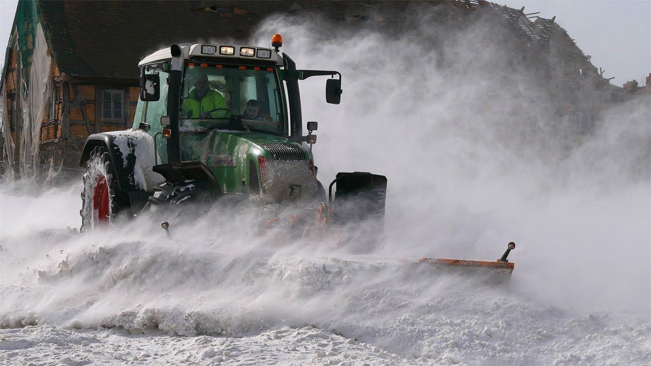 Schneeräumer Fahrzeuge