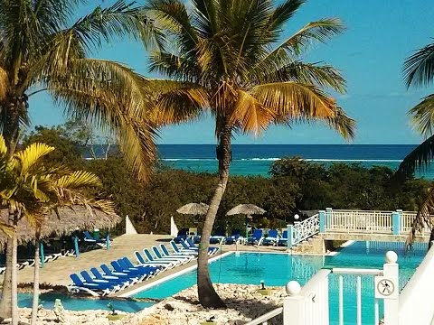 Memories Holguin Beach Resort: Lobby/Pools/Room/Beach/Restaurants/Grounds