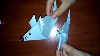 Мышка из бумаги своими руками  Оригами(Мышка из бумаги. Красивое украшение и игрушка для ребёнка. Делается очень быстро без всяких трудностей., 2016-03-07T19:39:11.000Z)