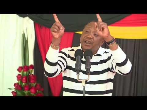Uhuru Kenyatta amuonya Odinga na Maraga