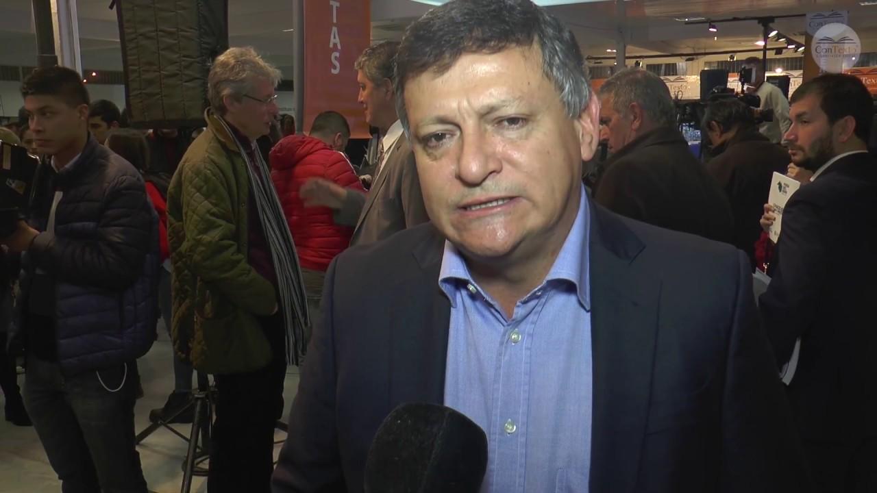 Domingo Peppo en  la Feria del Libro de Resistencia