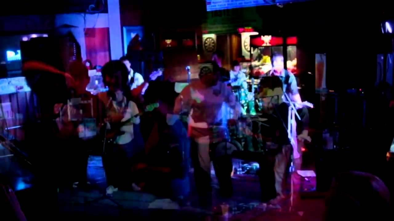 Strawberry Jam Band at 10th Frame in Appleton - YouTube