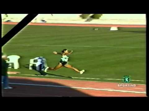 Atletismo :: Sporting dominador na primeira prova de pista do ano em 28/01/1999