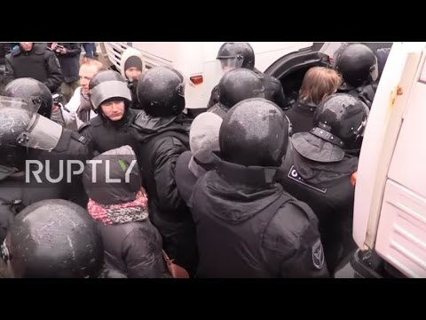 Russia: Protesters detained at St. Petersburg anti-corruption protests