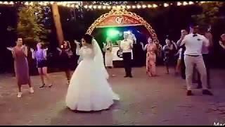 Прикольный свадебный танец. Свадебный танец Светика и Святослава!