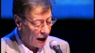Video Une soirée poésie par le poète Mahmoud Darwish Ramallah 2008 download MP3, 3GP, MP4, WEBM, AVI, FLV Oktober 2018