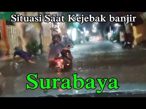saat-kejebak-banjir-di-kawasan-kota-surabaya-jawa-timur