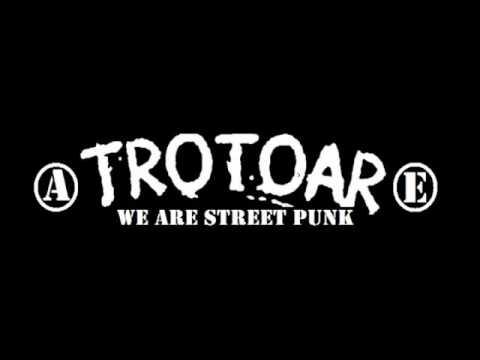 TROTOAR BALI - Mendadak PunkRock Mp3