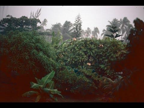 Les cyclones Réva et Veena Tahiti 1983