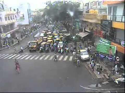 Monitoring the traffic surveillance cameras in TMC, Bangalore City Traffic Police