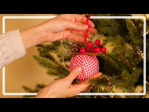 Making handmade ornaments for Christmas trees. A great gift for children. Tips and Tricks